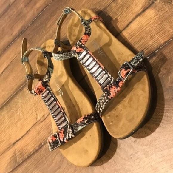 f51efc80321 Vionic Orthotic Embellished T-strap Sandals NIB